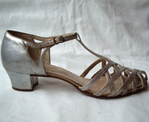 vintage flapper shoes