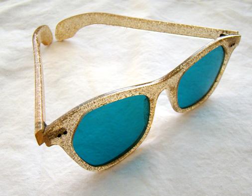 d6cc45813e1 1950 s glitter sunglasses